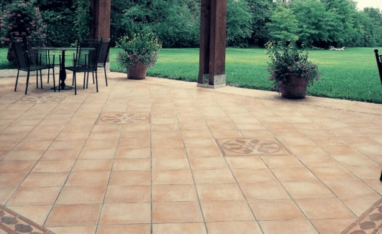 Scegliere il pavimento in cotto per esterni: ecco come si fa