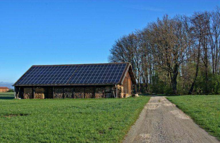Fotovoltaico agricolo: cos'è e come guadagnarci senza spese