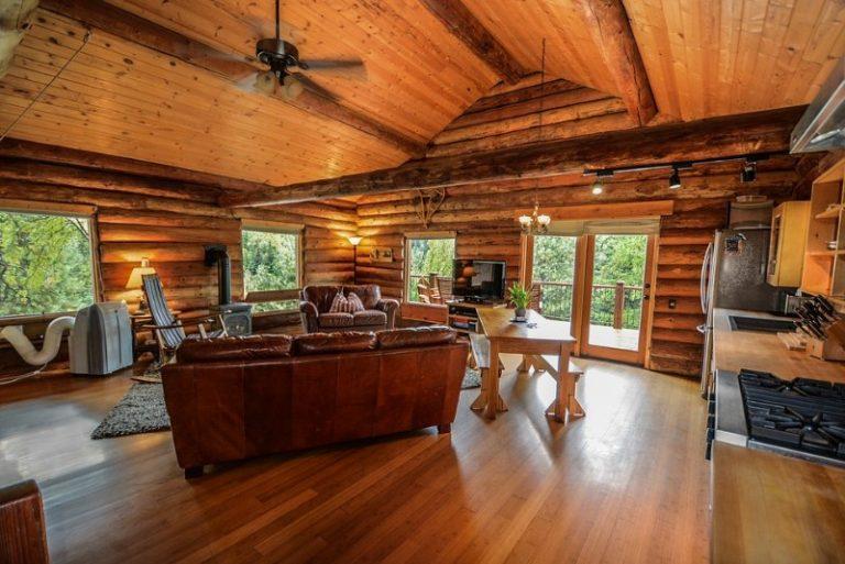 Manutenzione della casa in legno prefabbricata